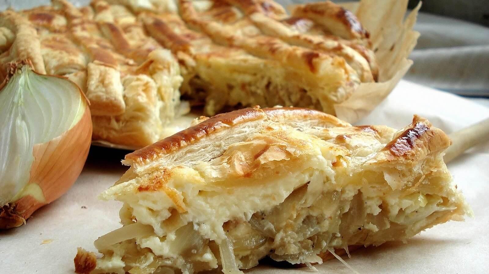 Луковые пироги