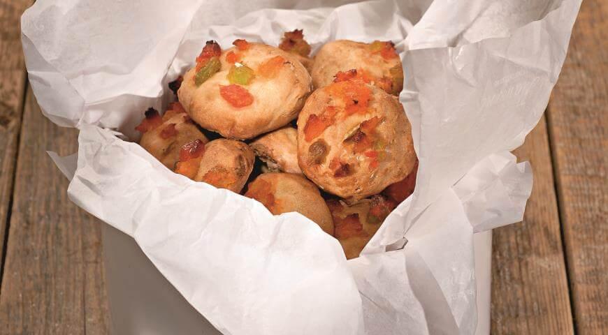 Быстрое и вкусное постное печенье с цукатами и орехами