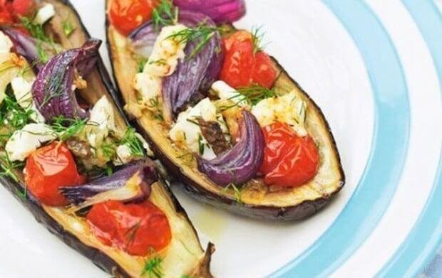 Фаршированные баклажаны в духовке с сыром