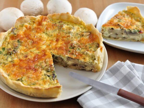 Французский киш с грибами и сыром