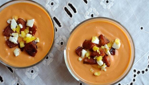 Испанский томатный холодный суп Сальморехо
