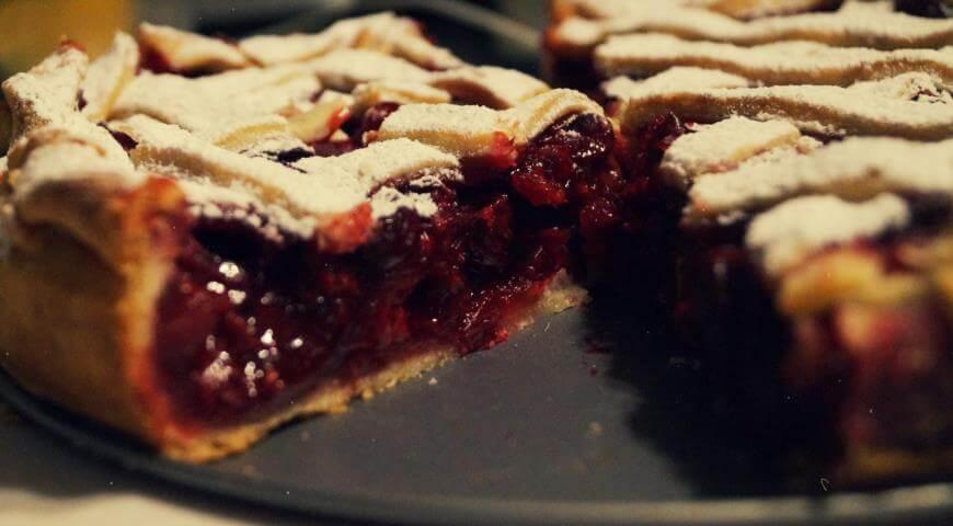Как приготовить настоящий американский вишневый пирог в домашних условиях