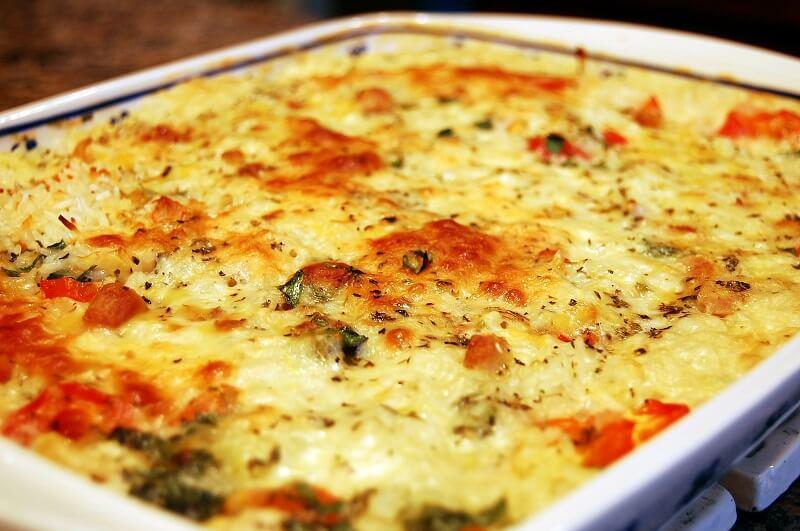 Как приготовить восхитительную кассероль из спагетти с курицей и грибами