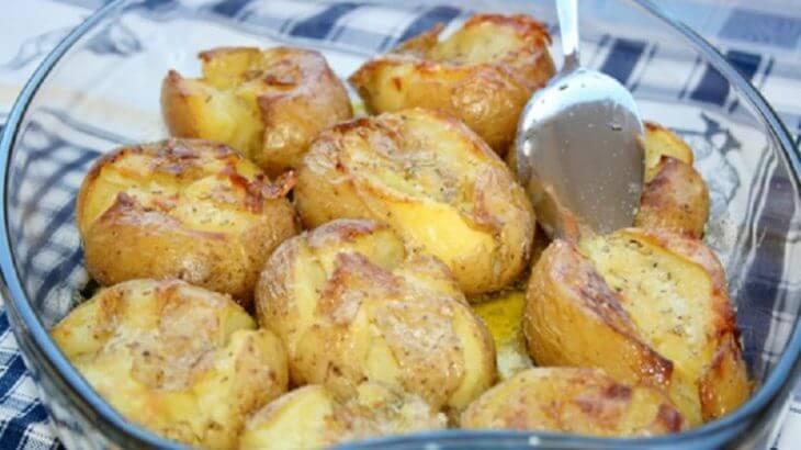 Картофель по-португальски с розмарином и оливковым маслом