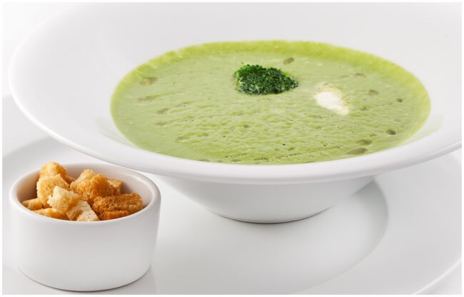 Кладезь витаминов: суп пюре из брокколи
