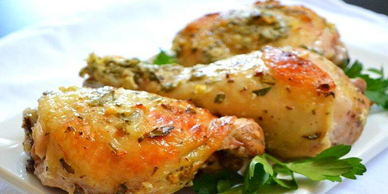 Курица по-гречески из духовки: идеальное блюдо для великолепного семейного ужина. Готовится мгновенно!
