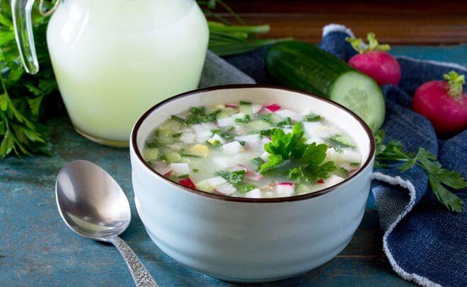 Окрошка на сыворотке: классический рецепт холодного супа
