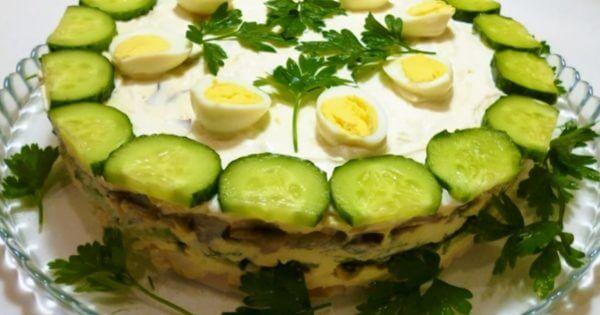 Оригинальный многослойный салат «Курочка Ряба»