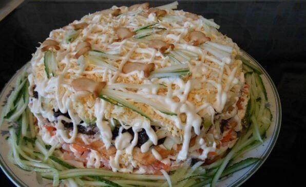 Оригинальный простой рецепт салата «Вкусняшка»