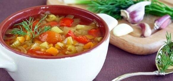 Овощной суп для похудения с сельдереем