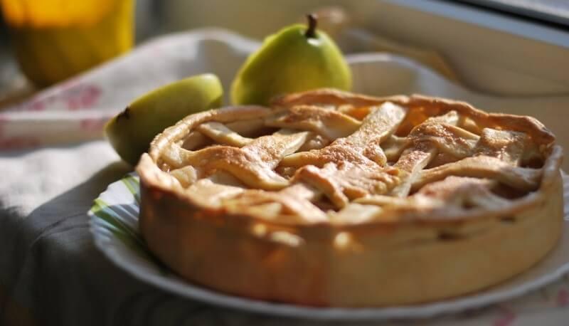 Пирог с грушами в духовке - простой пошаговый рецепт!