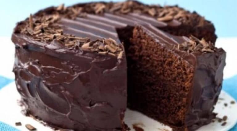 Простой шоколадный пирог без яиц: пошаговый рецепт