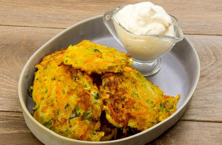 Рецепт оладьев из овощей: очень вкусные и полезные!