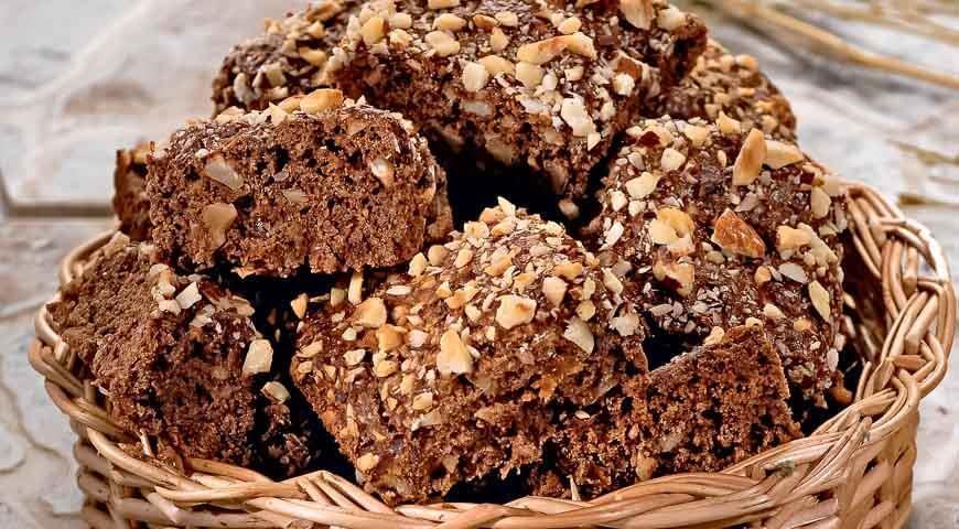 Рецепт постного шоколадного печенья с орехами и курагой