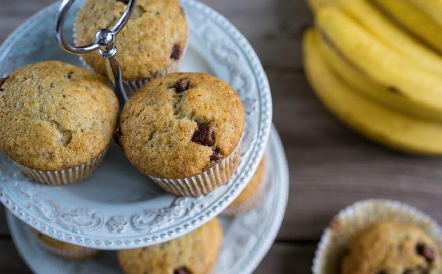 Рецепт приготовления постных пышных банановых кексов с шоколадом