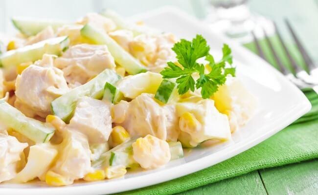 Рецепт салата из ананаса и курицы