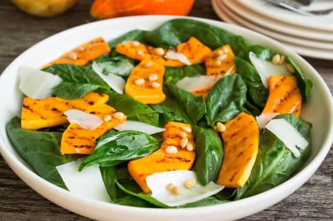 Рецепт салата из тыквы и шпината