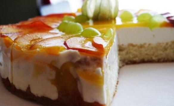 Рецепт вкусного и простого творожного торта «Фруктовый бум»