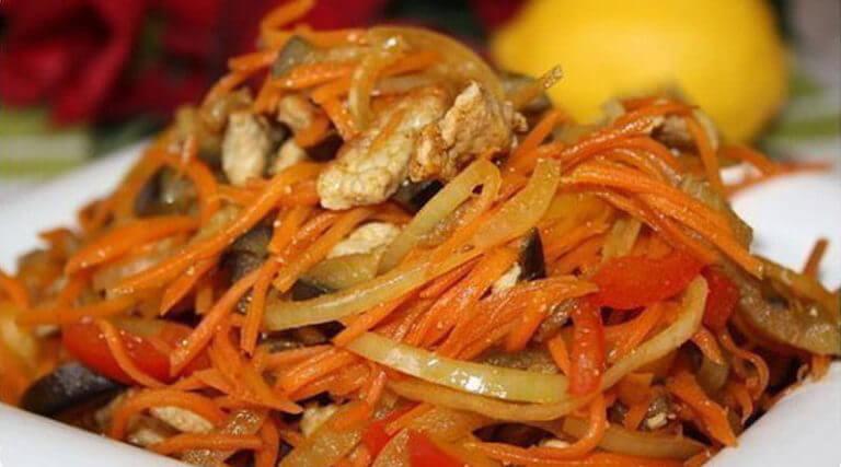 Теплый салат из обжаренных овощей с мясом. За уши не оттянешь!