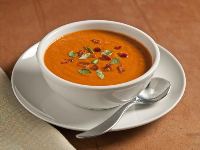 Томатный суп-пюре с запеченным перцем