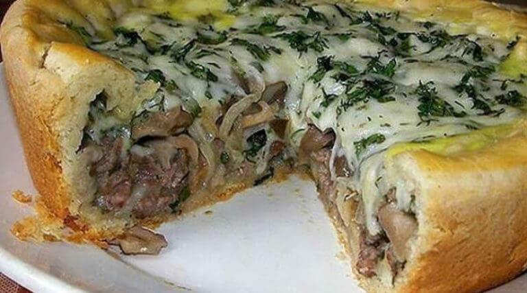Восхитительный мясной пирог к ужину: пошаговый рецепт