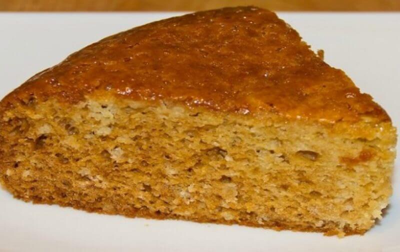 Бесподобный медовый пирог на кефире: пошаговый рецепт