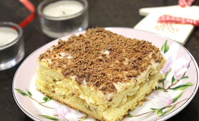 Бисквитный торт с заварным кремом и бананом