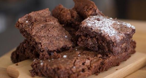 Брауни из 5 ингредиентов: пошаговый  рецепт