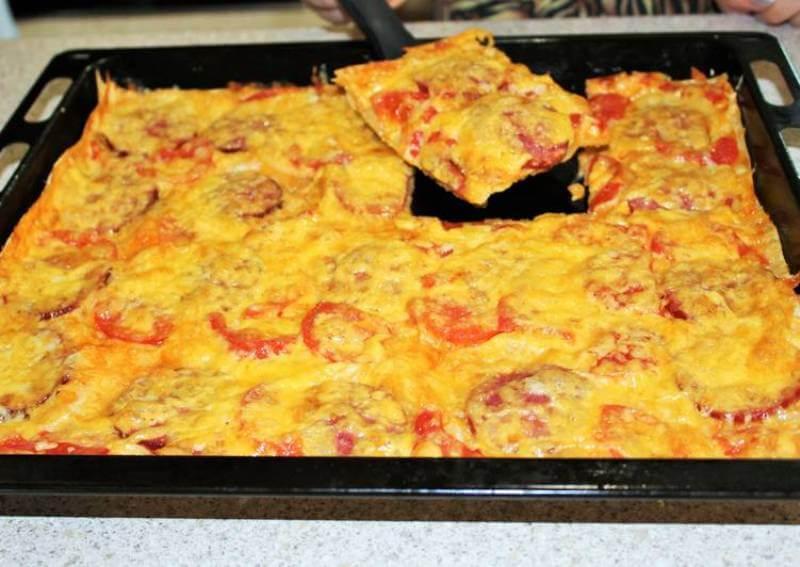 Вкусная и быстрая пицца в духовке: простой рецепт