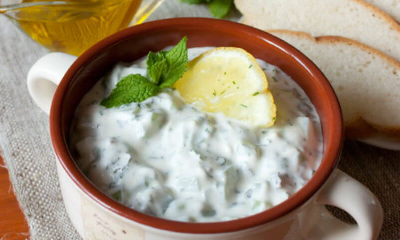 Быстрый в приготовлении греческий соус «ЦАЦИКИ» (дзадзики)