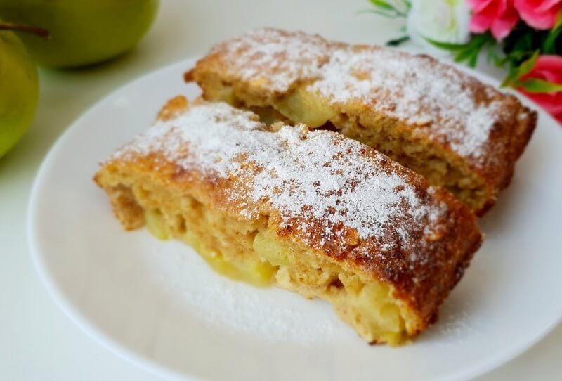Диетический пирог без грамма муки с яблоками