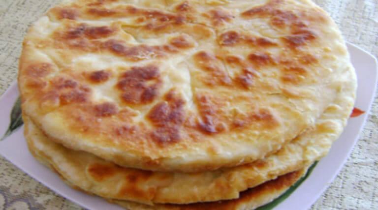 Идеальный рецепт: быстрые хачапури на сковороде!