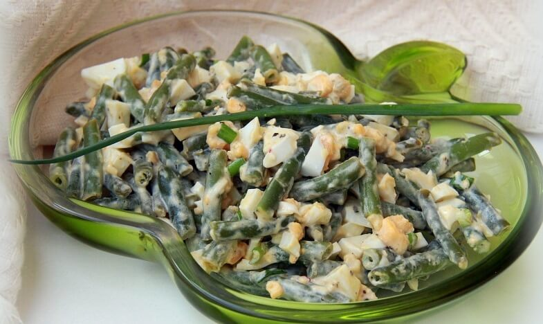 Изумительный салат из стручковой фасоли: рецепт вам понравится!
