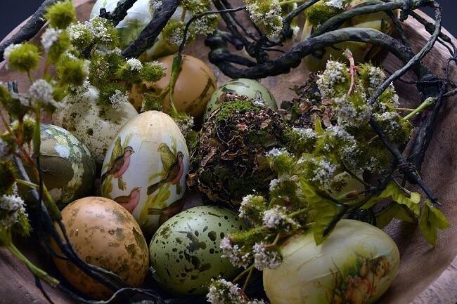Как покрасить яйца с узором на Пасху!