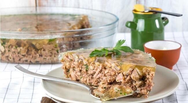 Холодец из свиных ножек и говядины: пошаговый рецепт
