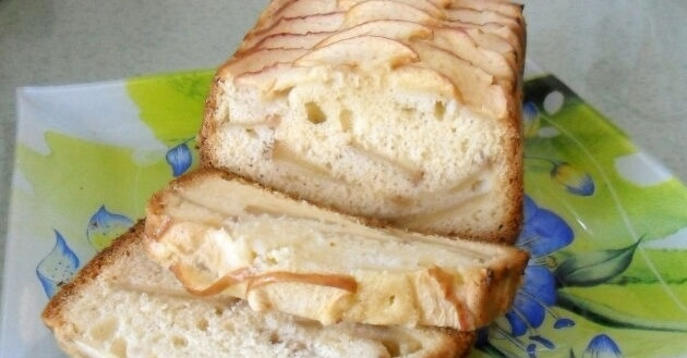 Классический рецепт шарлотки с яблоками в хлебопечке
