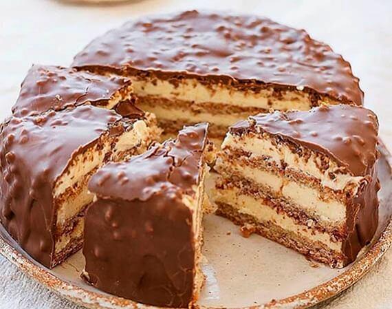 Миндальный торт с масляным кремом