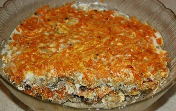 Необычный слоеный салат «Радость грибника»