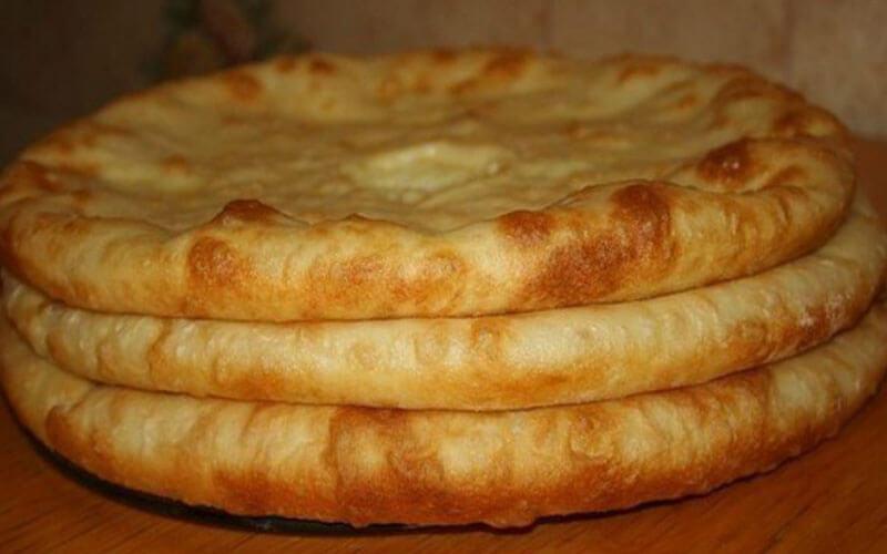 Осетинские пироги с картошкой: быстрый рецепт