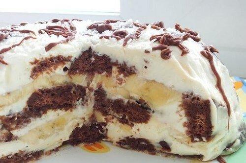 Пряничный торт «Вдохновение» с бананами