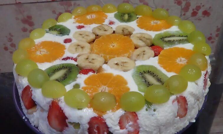 Просто восторг: нежнейший фруктовый торт без выпечки!