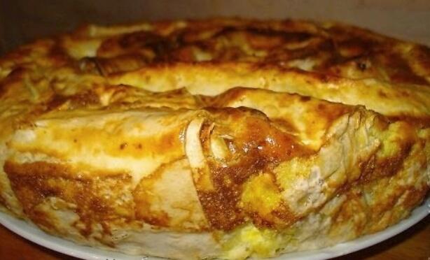 Простой рецепт: болгарская Баница из лаваша с творогом
