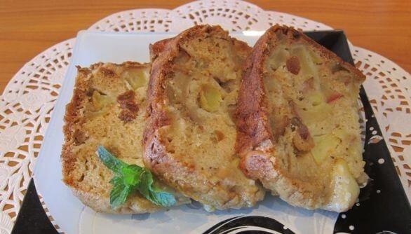 Пышная и вкусная шарлотка с яблоками в хлебопечке