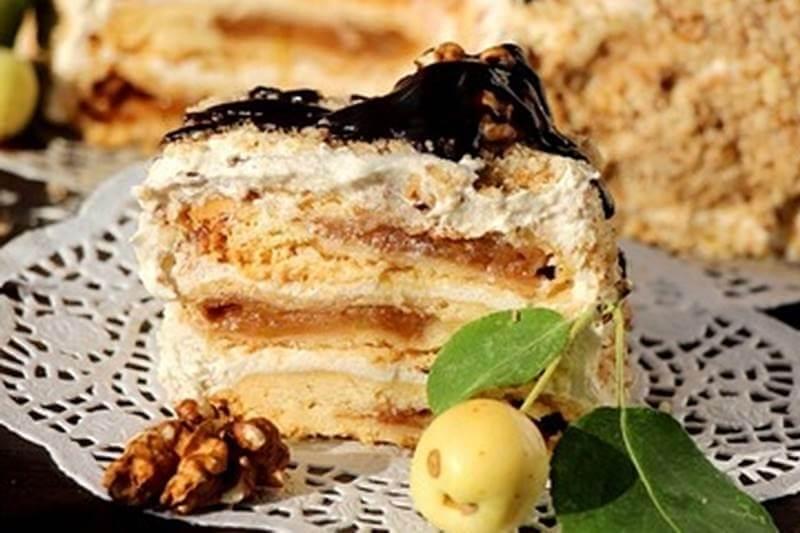 Рецепт яблочного торта с кремом из корицы