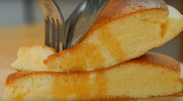 Рецепт вкусных пышных оладий. Идеальный завтрак!