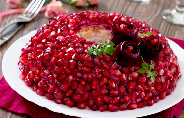 Салат «Гранатовый браслет» пошаговый рецепт