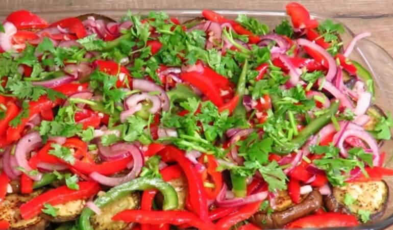 Салат из баклажанов по-корейски: нереально вкусный