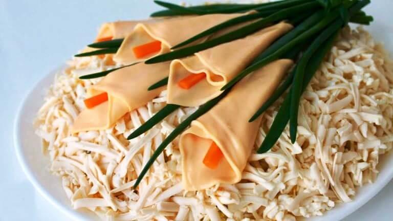 Салат «Цветы для невесты» с курицей и грибами!