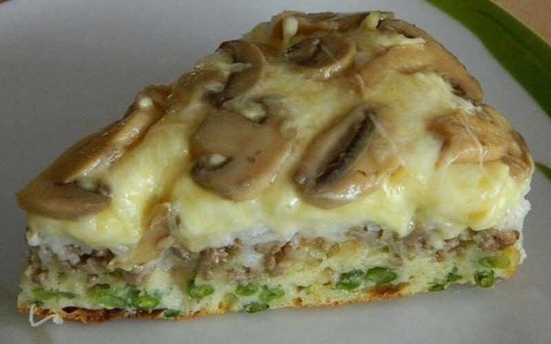 Слоеный пирог-перевертыш: пошаговый рецепт с фото