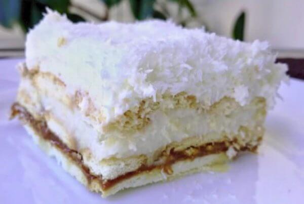 Торт из печенья «Рафаэлло» (без выпечки)